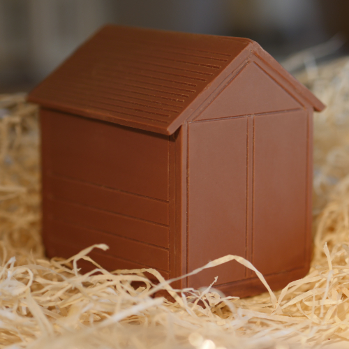 milk chocolate Brighton beach hut straw