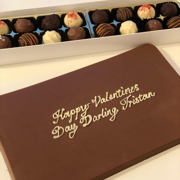 Happy Valentines 500g milk choc tablet